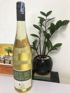 Rượu Vang đức Riesling Feinherb 2018 Qc