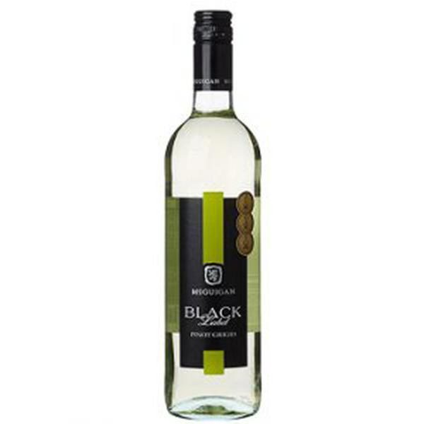 Vang Úc McGuigan Black Label Pinot Grigio